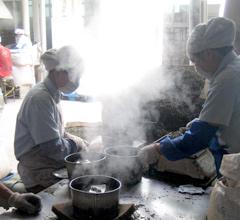 プーアール茶成形の工程