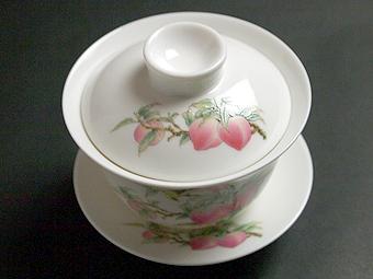 風清堂寿桃蓋茶碗ふたあり